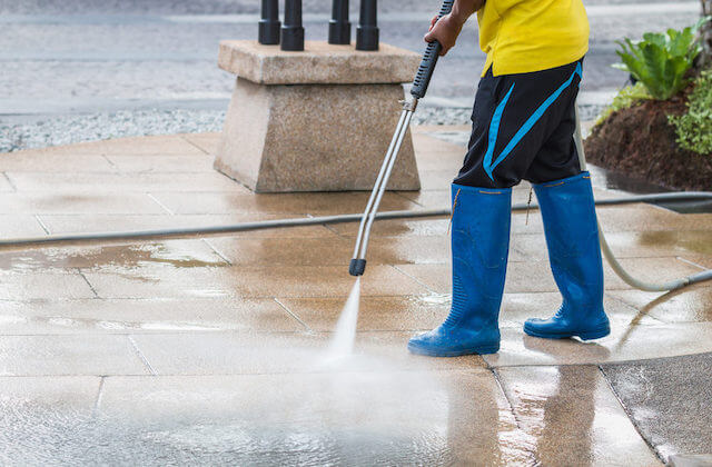 commercial pressure washing gilbert
